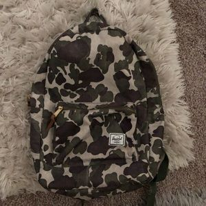 Camo Herschel backpack